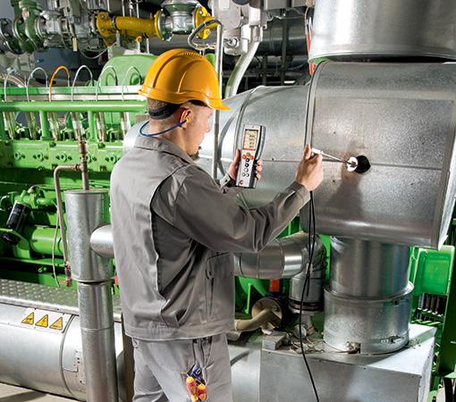 Analyzator-spalin-testo-350-mereni-emisi-u-prumyslovych-motoru
