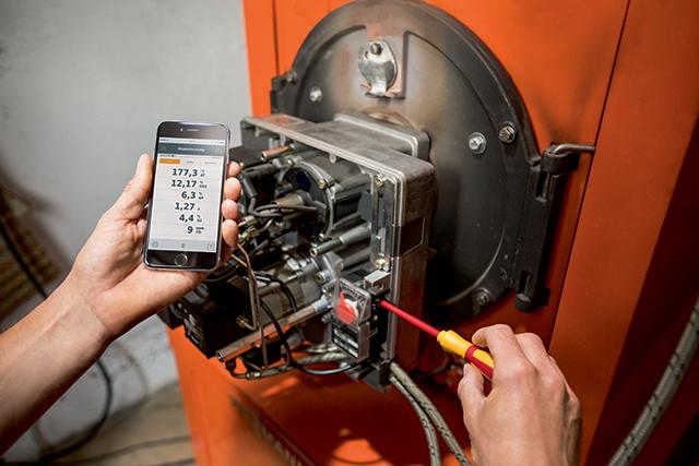analyzator-spalin-testo-330i-aplikace2